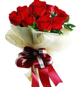 9 adet kırmızı gülden buket tanzimi  Kayseri çiçek çiçek satışı