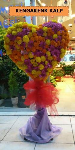 Ankara mevsim çiçeklerinden kalp perförje  Kayseri çiçek hediye çiçek yolla