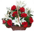 sepette gül ve kazablankalar   Kayseri çiçek internetten çiçek siparişi