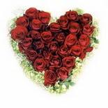 kalp biçiminde 15 gülden   Kayseri kocasinan çiçek İnternetten çiçek siparişi