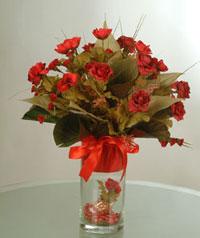 yapay güllerden vazo  9 gül  Kayseri çiçek çiçek online çiçek siparişi