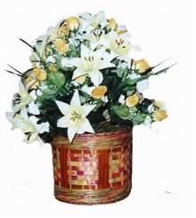 yapay karisik çiçek sepeti   Kayseri çiçek hediye sevgilime hediye çiçek