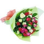 12 adet renkli gül buketi   Kayseri çiçek çiçek satışı