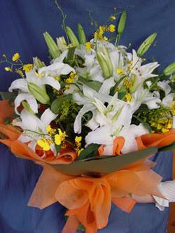 Kayseri çiçek online çiçek gönderme sipariş  5 ADET KAZABLANKA BUKETI KALITEDEN SASMAYANLARA