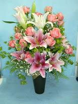 Kayseri çiçek online çiçek gönderme sipariş  cam vazo içerisinde 21 gül 1 kazablanka