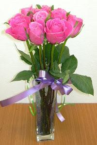 cam vazo içerisinde 11 adet gül  Kayseri çiçek online çiçek gönderme sipariş