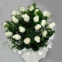 Kayseri çiçek çiçekçiler  11 adet beyaz gül buketi ve bembeyaz amnbalaj