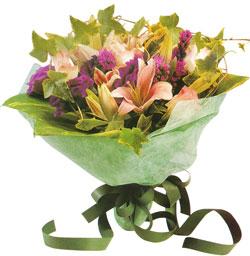 karisik mevsim buketi anneler günü ve sevilenlere  Kayseri çiçek internetten çiçek siparişi