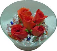 Kayseri çiçek çiçek servisi , çiçekçi adresleri  5 adet gül ve cam tanzimde çiçekler