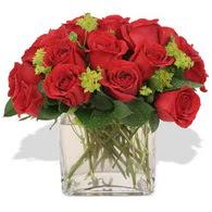 Kayseri çiçek hediye çiçek yolla  10 adet kirmizi gül ve cam yada mika vazo