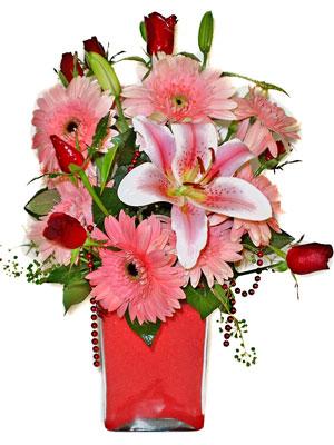 Kayseri çiçek anneler günü çiçek yolla  karisik cam yada mika vazoda mevsim çiçekleri mevsim demeti