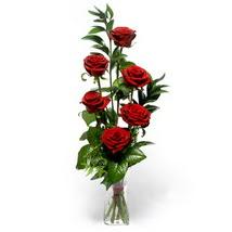 Kayseri çiçek çiçek siparişi vermek  cam yada mika vazo içerisinde 6 adet kirmizi gül