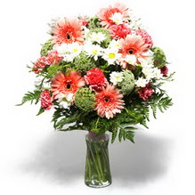 Kayseri çiçek cicek , cicekci  cam yada mika vazo içerisinde karisik demet çiçegi