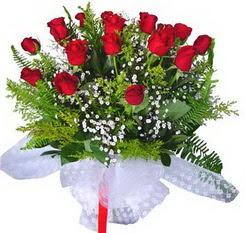 Kayseri çiçek çiçekçi mağazası  12 adet kirmizi gül buketi esssiz görsellik