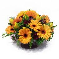 gerbera ve kir çiçek masa aranjmani  Kayseri çiçek uluslararası çiçek gönderme