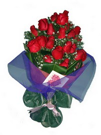 12 adet kirmizi gül buketi  Kayseri çiçek 14 şubat sevgililer günü çiçek