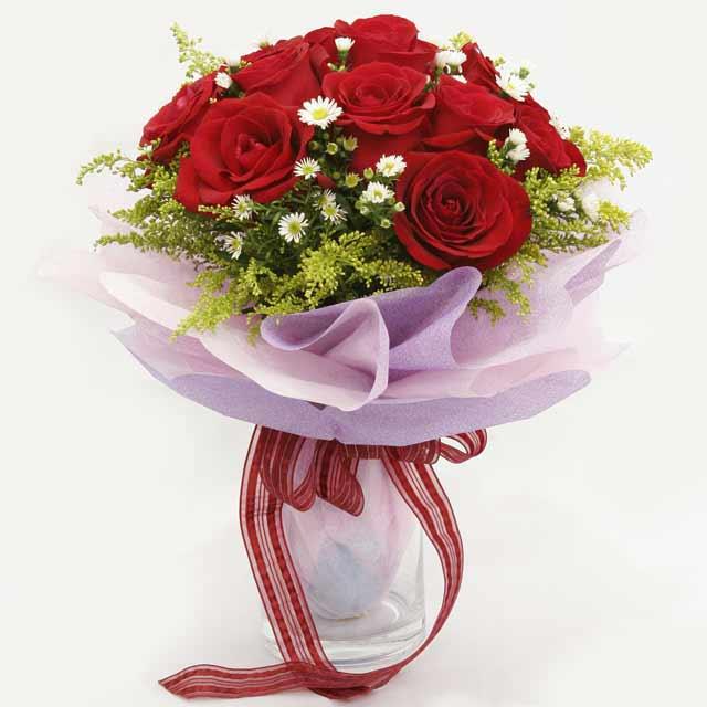 Çiçek gönderme estetikliginiz 11 gül buket  Kayseri çiçek internetten çiçek siparişi