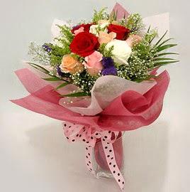 Karisik renklerde 11 adet gül buketi  Kayseri çiçek ucuz çiçek gönder