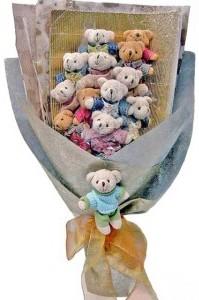 12 adet ayiciktan buket tanzimi  Kayseri çiçek anneler günü çiçek yolla