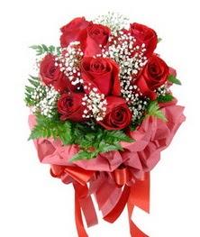 9 adet en kaliteli gülden kirmizi buket  Kayseri çiçek yurtiçi ve yurtdışı çiçek siparişi