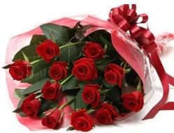 Kayseri çiçek çiçek mağazası , çiçekçi adresleri  10 adet kipkirmizi güllerden buket tanzimi