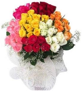 Kayseri çiçek hediye çiçek yolla  51 adet farklı renklerde gül buketi