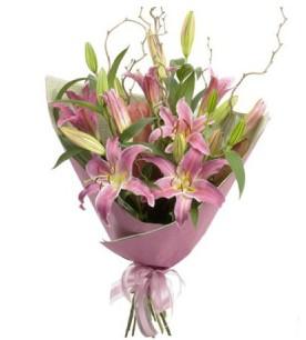 Kayseri akkışla çiçek çiçekçi telefonları  3 dal cazablanca buket çiçeği