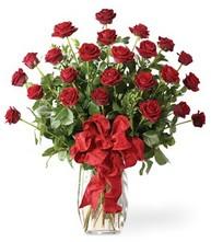 Sevgilime sıradışı hediye güller 24 gül  Kayseri çiçek çiçek servisi , çiçekçi adresleri