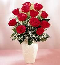Kayseri çiçek internetten çiçek siparişi  9 adet vazoda özel tanzim kirmizi gül