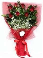 7 adet kırmızı gülden buket tanzimi  Kayseri çiçek anneler günü çiçek yolla