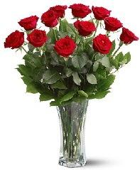 11 adet kırmızı gül vazoda  Kayseri çiçek cicekciler , cicek siparisi