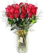 27 adet vazo içerisinde kırmızı gül  Kayseri akkışla çiçek çiçekçi telefonları