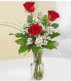 Vazo içerisinde 3 adet kırmızı gül  Kayseri çiçek çiçekçi mağazası