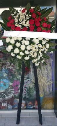 Cenaze çiçeği cenaze çiçek modelleri  Kayseri çiçek çiçek siparişi vermek