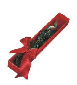 Kayseri çiçek güvenli kaliteli hızlı çiçek  tek kutu gül sade ve sik