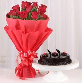 10 Adet kırmızı gül ve 4 kişilik yaş pasta  Kayseri çiçek online çiçek gönderme sipariş